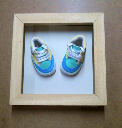 framing a babys first shoes