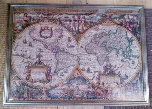 framed jigsaw map of the world framing